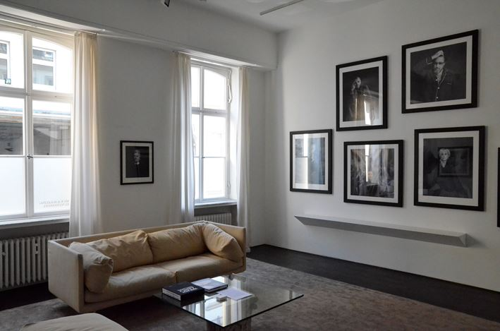 Exhibition view: Michael Dannenmann, Portrait Sittings, Beck & Eggeling International Fine Art, Düsseldorf (16 February–7 April 2018). Courtesy Beck & Eggeling International Fine Art.