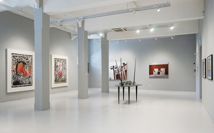 Exhibition view: Group Exhibition,Collective Thoughts Divided Worlds, ShanghART, Singapore (10 October–30 November 2014). Courtesy ShanghART.