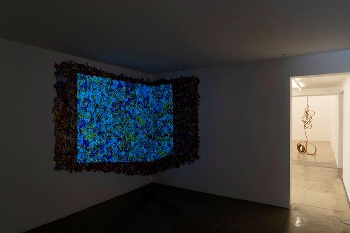 Exhibition view: Marcelo Silveira,Compacto mundo das coisas, Galeria Nara Roseler, São Paolo (8 June–15 August 2019).Courtesy Galeria Nara Roseler, São Paolo.