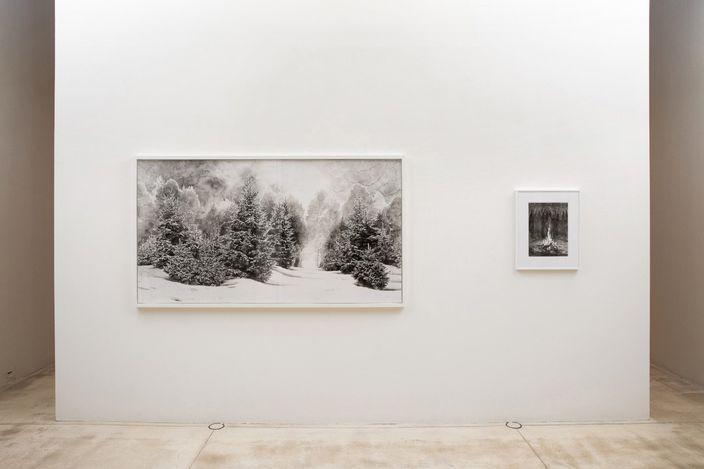 Exhibition view: Hans Op de Beeck, Works on Paper, Galerie Krinzinger, Vienna (9 June–21 August 2021). Courtesy Galerie Krinzinger.