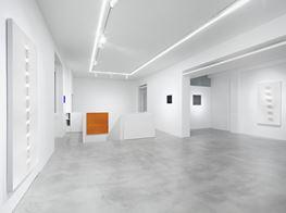 """Turi Simeti<br><em>Turi Simeti. Works 1960 - 2020</em><br><span class=""""oc-gallery"""">Dep Art Gallery</span>"""