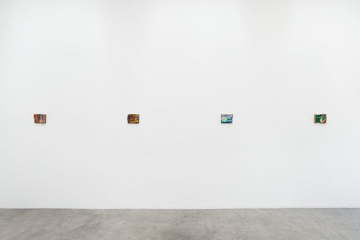 Exhibition view: Kenjirō Okazaki, TOPICA PICTUS / La Cienega, Blum & Poe, Los Angeles (17 July–14 August 2021). © Kenjirō Okazaki. Courtesy the artist, Blum & Poe, Los Angeles/New York/Tokyo. Photo: Dan Finlayson.