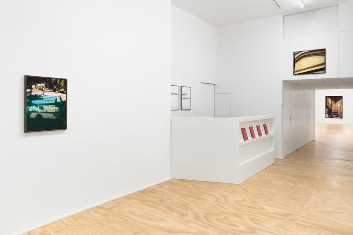 Exhibition view: Lucas Blalock,Florida, 1989, Eva Presenhuber, New York (27 February–10 April 2021). © Lucas Blalock. Courtesy the artist and Galerie Eva Presenhuber, Zurich / New York.