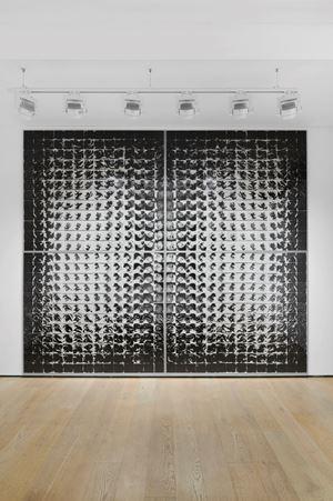 Sich-fallen-lassen [Let Yourself fall] by Annegret Soltau contemporary artwork