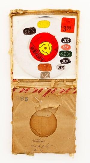 THE GIFT by Tomoo Gokita contemporary artwork