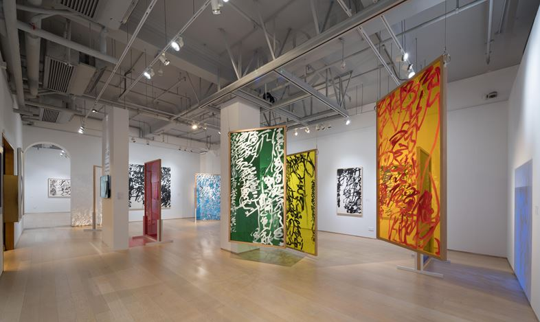 Exhibition view: Wang Dongling, Poetic Rainbow: The Calligraphy of Wang Dongling, Hanart TZ Gallery, Hong Kong (15 September–27 October 2017). Courtesy Hanart TZ Gallery. Photo: Kitmin Lee.