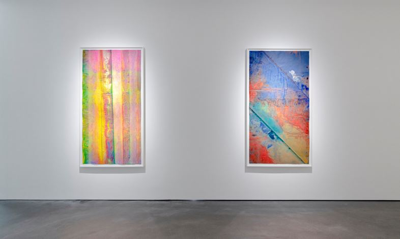 Exhibition view: Group Exhibition, Bloom of Joy, Pace Gallery, Hong Kong (4 September–15 October 2020). © Sam Gilliam. Courtesy Pace Gallery.