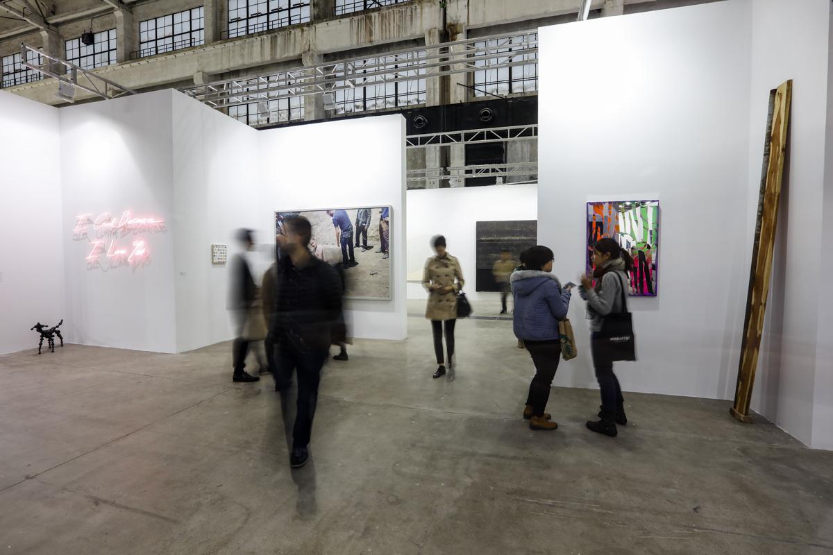 Exhibition view, White Cube at The Shanghai West Bund Art & Design Fair, 2016. Image courtesy West Bund Art & Design Fair.