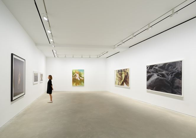 Exhibition view: Group Exhibition,Singing the Body Electric, David Zwirner, Hong Kong (11 July–10 August 2019). Courtesy David Zwirner.