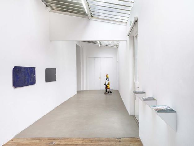 Exhibition view: Group Exhibition, ReCycle, Galerie Chantal Crousel (10 March–21 April 2018). Courtesy the artists and Galerie Chantal Crousel, Paris.Photo: Florian Kleinefenn.