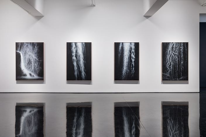 Exhibition view: Andrew Browne, Spill, Tolarno Galleries, Melbourne (8 June–30 June 2018). Courtesy Tolarno Galleries. Photo: Andrew Curtis.