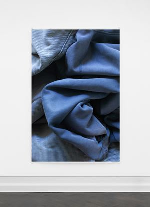 """Faltenwurf (blau)"" by Wolfgang Tillmans contemporary artwork"