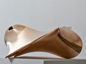 Bronzo by Agostino Bonalumi contemporary artwork sculpture