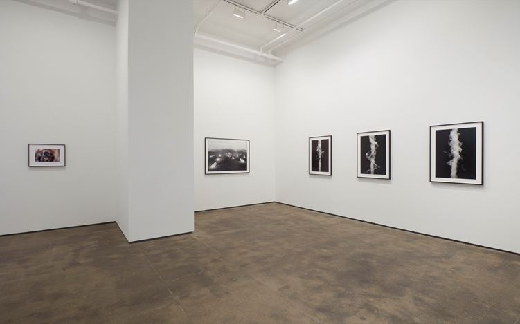 Exhibition view: Anthony McCall, Split Second, Sean Kelly, New York (14 December 2018–26 January 2019).Courtesy: Sean Kelly, New York. Photo: Jason Wyche, New York.