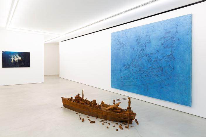 Exhibition view:Yukinori Yanagi, Blum & Poe, Tokyo (2 November–21 December 2019). © Yukinori Yanagi. Courtesy the artist and Blum & Poe, Los Angeles/New York/Tokyo.
