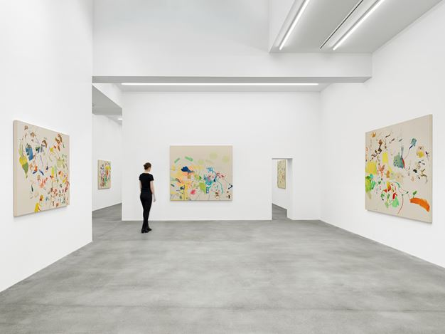 Exhibition view: Sue Williams, Galerie Eva Presenhuber, Waldmannstrasse, Zurich (5 June–25 July 2020). © Sue Williams. Courtesy the artist and Galerie Eva Presenhuber, Zurich / New York. Photo: Stefan Altenburger Photography, Zurich.