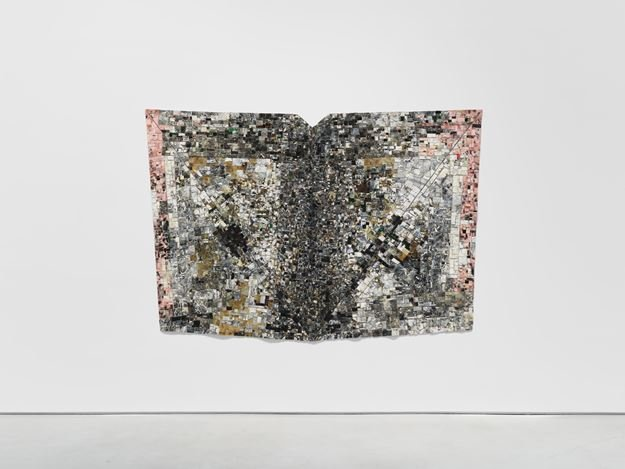 Exhibition view: Jack Whitten,I AM THE OBJECT, Hauser & Wirth, 22nd Street, New York (5 November 2020–23 January 2021). © Jack Whitten Estate. Courtesy the Jack Whitten Estate and Hauser & Wirth. Photo: Thomas Barratt.