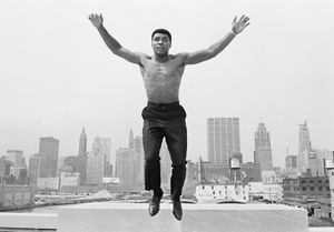 Ali jumping from a bridge over Chicago river by Thomas Hoepker contemporary artwork