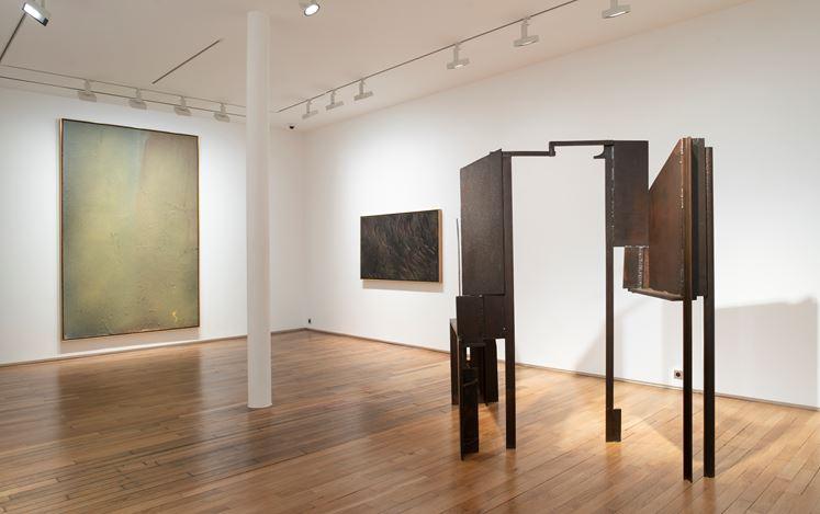 Exhibition view: Jules Olitski and Anthony Caro, Les années 70 - 80, Templon, 28 Grenier Saint-Lazare, Paris (16 March–11 May 2019). Courtesy Templon.