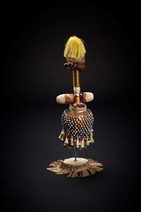 Magic Girl-Series #2 by Michela Ghisetti contemporary artwork sculpture