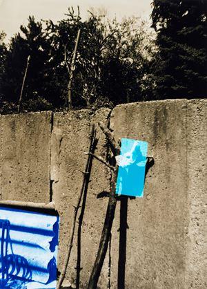 Kleine Mauer by Frank Mädler contemporary artwork