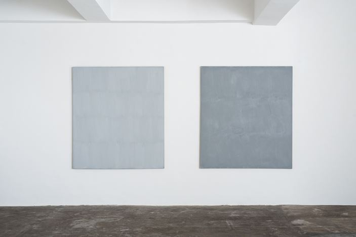 Exhibition view: Raimund Girke, The Silent Balance, Axel Vervoordt Gallery, Hong Kong (15 June–28 September 2019). Courtesy Axel Vervoordt Gallery. Photo: © Jan Liégeois.