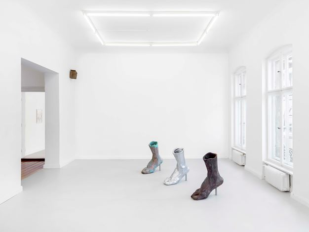 Exhibition view: Walking in Ice, XC.HuA, Berlin (24 July–20 August 2020). Courtesy XC.HuA.