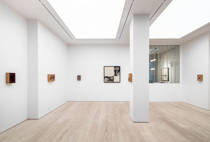 Exhibition view: Martin Soto Climent, Gossip, Andréhn-Schiptjenko, Stockholm (5 March–2 May 2020). Courtesy Andréhn-Schiptjenko.