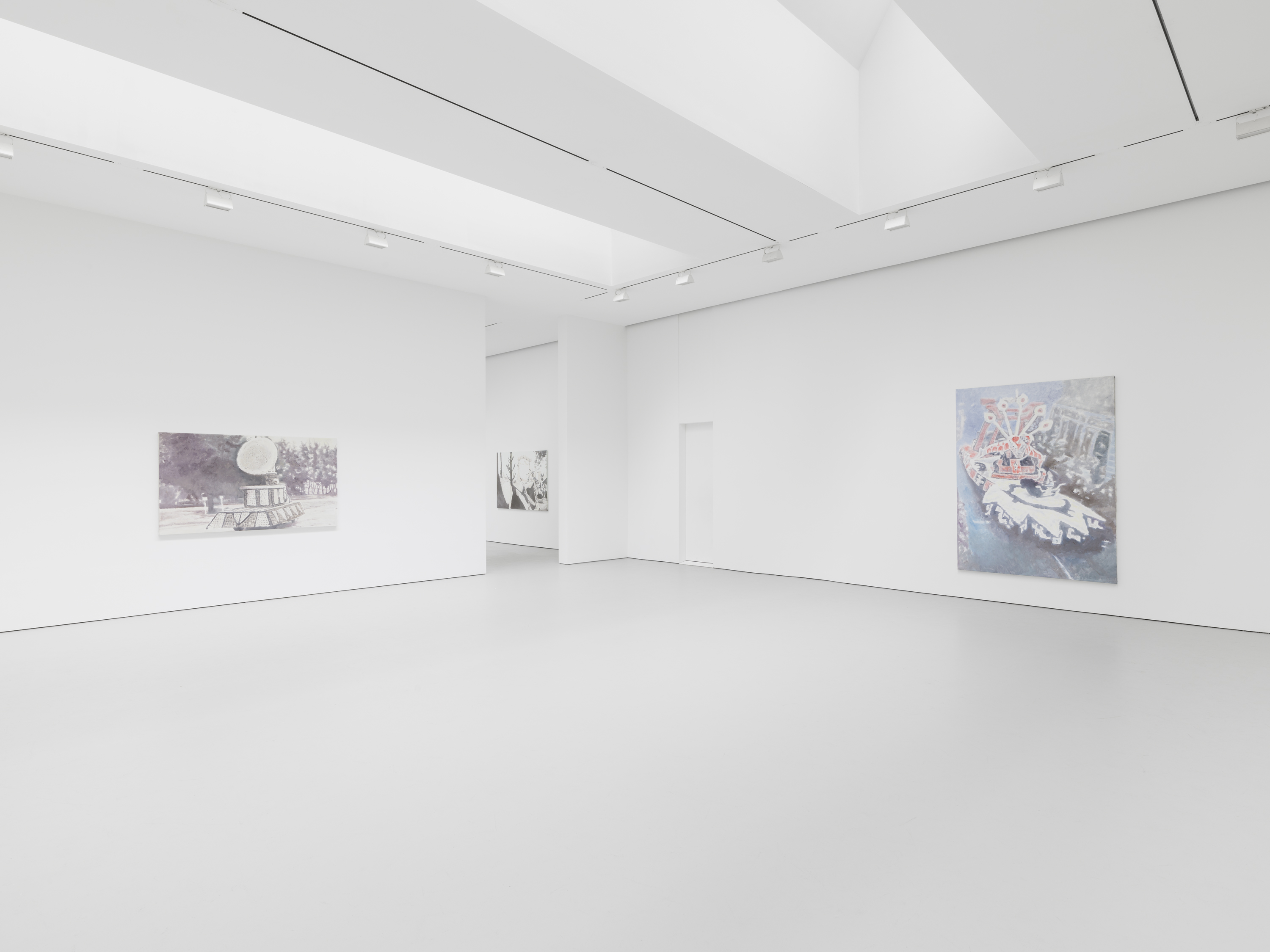 Image: Luc Tuymans, Exhibition view from the 2016 solo exhibition Le Mépris at David Zwirner, New York. Courtesy David Zwirner, New York/London.
