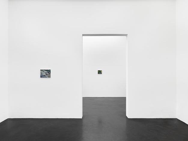 Exhibition view: Caleb Considine, for Roland and Ramona, Galerie Buchholz, Cologne (15 November 2019–4 January 2020). Courtesy Galerie Buchholz Berlin/Cologne/New York.