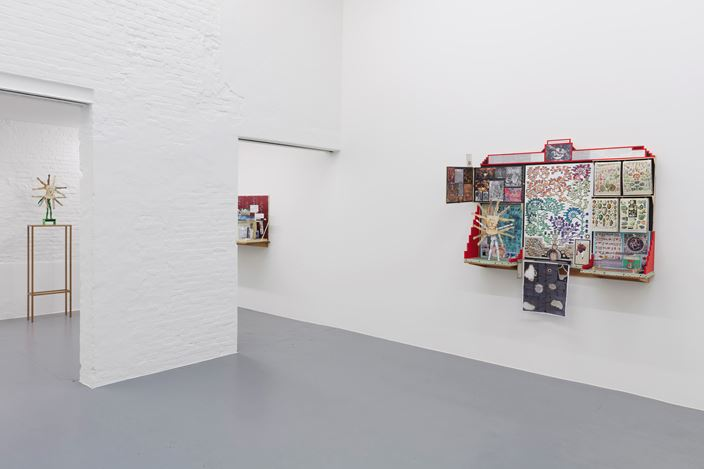 Exhibition view: Patrick Van Caeckenbergh, De Kosmogonoloog (le monde à l'envers), Zeno X Gallery, Antwerp (28 October–19 December 2020). Courtesy Zeno X Gallery.