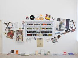 """Georges Adeagbo<br><em>""""L'Abécédaire de Georges Adéagbo: la civilisation parlant et faisant voir la culture""""..!</em><br><span class=""""oc-gallery"""">Barbara Wien</span>"""