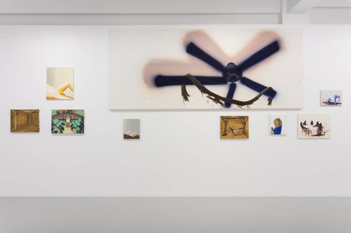 Exhibition view: Tala Madani,Skid Mark, Pilar Corrias, Eastcastle Street, London (4 June–10 July 2021). Courtesy Pilar Corrias.