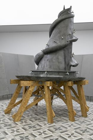 Exhibition view: Lu Lei, Wander Giant 荒唐小说,ShanghART, Westbund, Shanghai (6 November 2019–16 February 2020). Courtesy ShanghART.