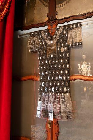 Exhibition view: Group Exhibition, En la casa de Marquès, Esther Schipper, Casa Museo Can Marquès, Palma de Mallorca (12 July–31 July 2021) . Courtesy the artists, Esther Schipper, Berlin, and Casa Museo Can Marquès, Palma de Mallorca. Photo: Andrea Rossetti.