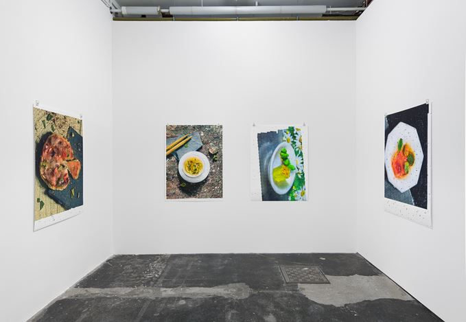 Exhibition view: Ran Zhang,Enantiomers and traces, Galeria Plan B, Berlin (9 September–24 October 2020). Courtesy Galeria Plan B.