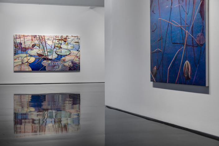 Exhibition view: Tim Maguire, The Floating World, Tolarno Galleries, Melbourne (25 May–24 June 2017). Courtesy Tolarno Galleries.