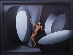 Minie remembers Dovina by Yoram Roth contemporary artwork