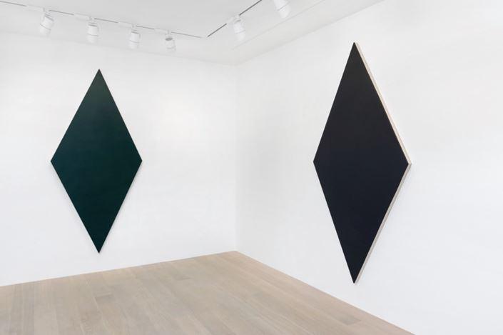 Exhibition view: Olivier Mosset, Gagosian, Geneva (29 January–26 June 2020). Artwork © Olivier Mosset. Courtesy Gagosian. Photo: Annik Wetter.
