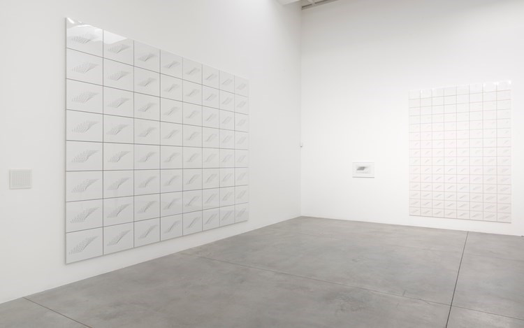 Exhibition view: Channa Horwitz,Rules of the Game, Lisson Gallery, Bell Street, London (15 March–4 May 2019). Courtesy Lisson Gallery.
