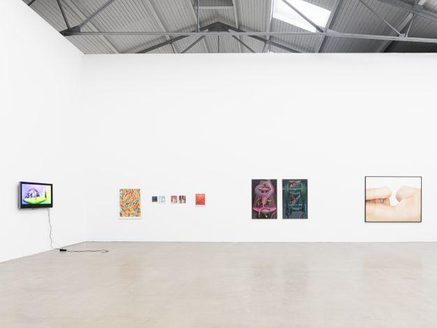Exhibition view: Group Exhibition, Space and Place,EIGEN + ART, Leipzig (17 July–4 September 2021).  Courtesy Galerie EIGEN + ART Leipzig/Berlin.