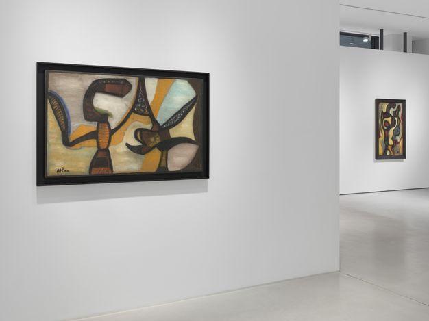 Exhibition view: Jean-Michel Atlan,Jean Michel Atlan et la Nouvelle École de Paris, SETAREH,Düsseldorf (30 November 2019–14 March 2020). CourtesySETAREH.