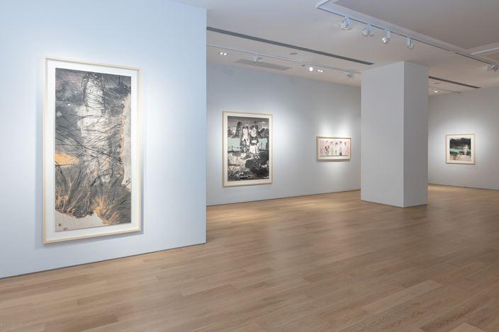 Exhibition view: Liu Qinghe, Treading Waves 踏浪, Tang Contemporary Art, Hong Kong (22 November–28 December 2019) Courtesy Tang Contemporary Art.
