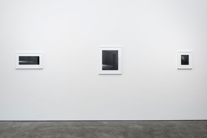 Exhibition view: Louise Lawler,LIGHTS OFF, AFTER HOURS, IN THE DARK,Sprüth Magers, Berlin (September 17–30 October 2021). CourtesySprüth Magers. Photo:Ingo Kniest.