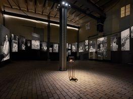 """Jamie Diamond<br><em>365 Days: 1938/2017</em><br><span class=""""oc-gallery"""">KEWENIG</span>"""