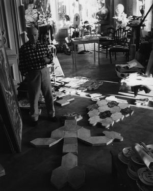 Picasso, Cannes 1955 by Lucien Clergue contemporary artwork