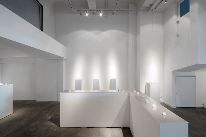 Exhibition view: Etsuko Sonobe, vol. 129 Shapes of Crystals, Gallery Nao Masaki (16 October–1 November 2020). Courtesy Gallery Nao Masaki.