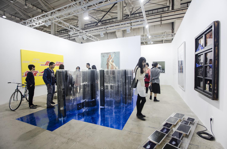 Exhibition view, Leo Xu Projects at The Shanghai West Bund Art & Design Fair, 2016. Image courtesy West Bund.