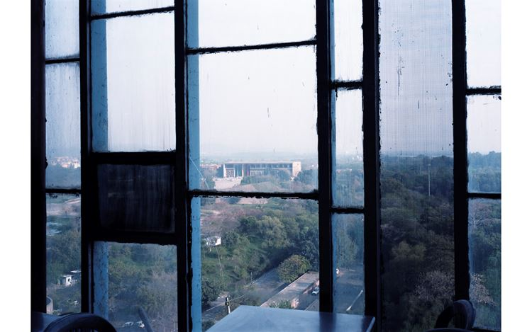 Takashi Homma, High Court 1, Chandigarh (2013). © Takashi Homma. Courtesy TARO NASU.