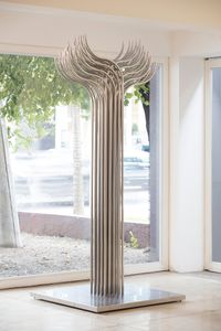 Torsion 6 by Julio Le Parc contemporary artwork sculpture